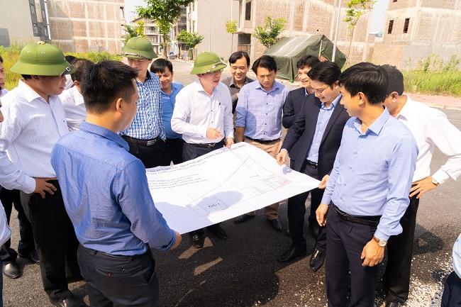 Đồng chí Phó Chủ tịch UBND tỉnh kiểm tra công tác GPMB một số công trình, dự án